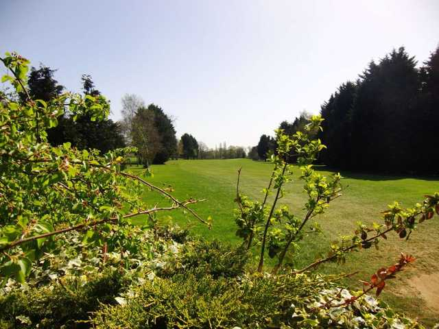 The 2nd hole at Wexham Park