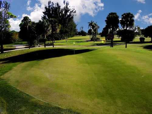 A view of green #14 at Deerfield Country Club