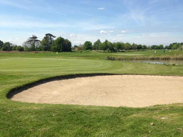 The Thorny Lakes golf course bunkers