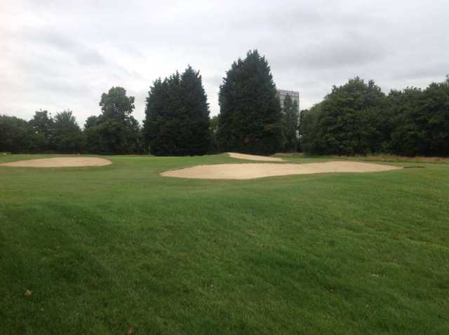 Approach to the 18th green, West Middlesex Golf Club
