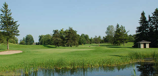 A view of a green at Puslinch Lake Golf Course