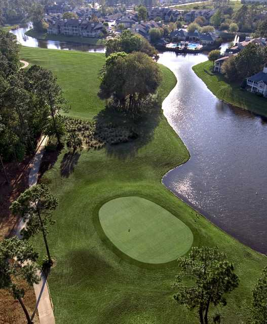 Windsor Parke GC: Aerial view of the finishing hole