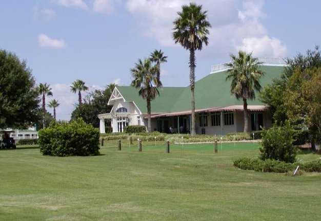 A view of the clubhouse at The Country Club of Mount Dora