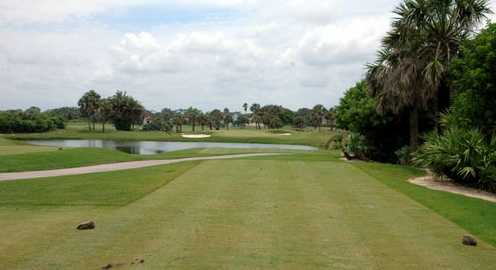 A view of the 4th green at Oceanside Golf & Country Club