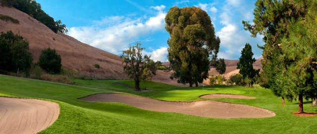 View of the 14th green at Franklin Canyon Golf Course