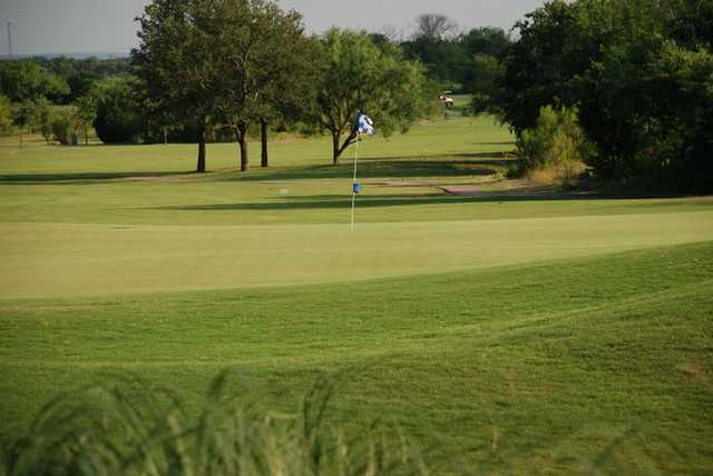 A view of green at Bluebonnet Hill Golf Club & Range