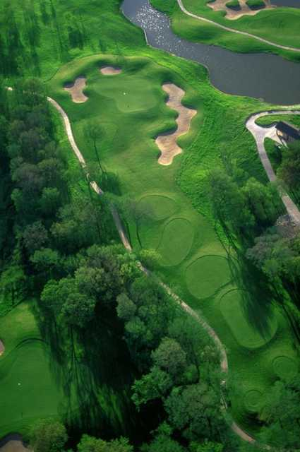 Aerial view of the 7th hole at Waterchase Golf Course