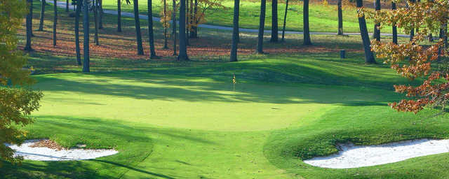 A view of a well protected green at Wildcat Creek Golf Course.
