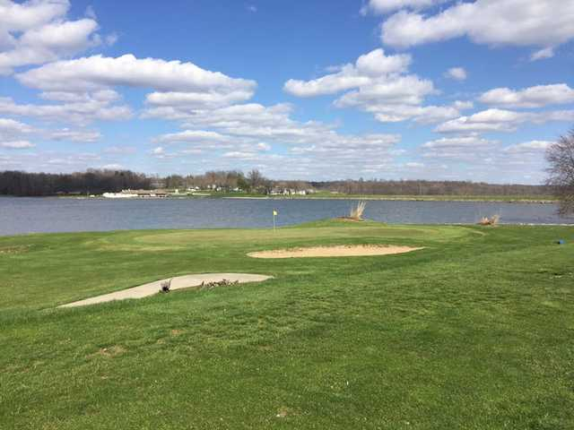 A view of the 7th green with the lake in background at Lakeview Golf Course.