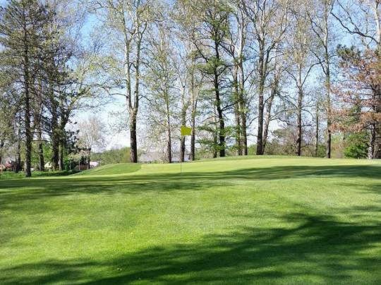 A view of a hole at Steve Hogan Golf Course (Minne Lusa House).