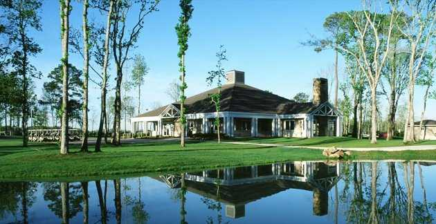 A view of the clubhouse at Eagle Pointe Golf Club