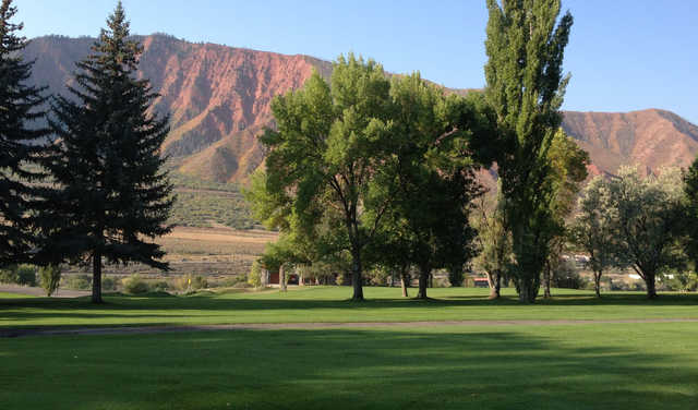 A sunny day view from Glenwood Springs Golf Club.