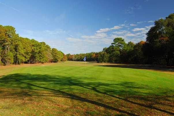 A view of a green at Lady's Island Country Club