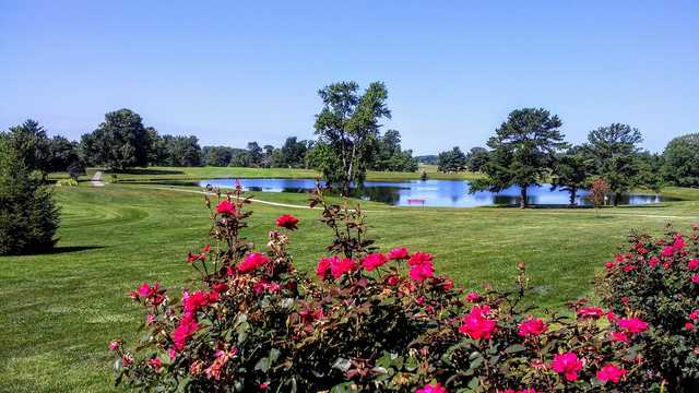 A sunny day view from Oakland City Golf Club (Roger Norrick).