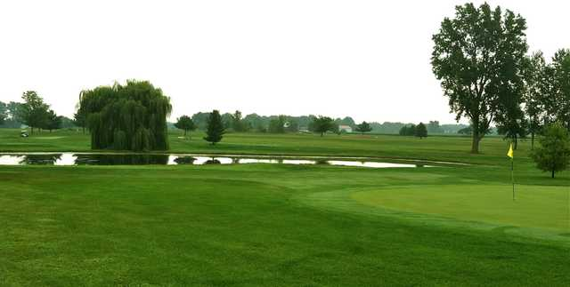 A view of a hole at Raccoon Run Golf Course.