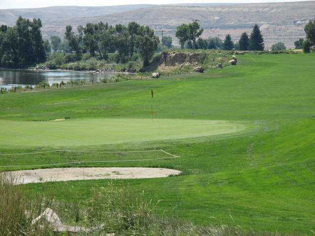 A view of a green at Rolling Green Country Club.