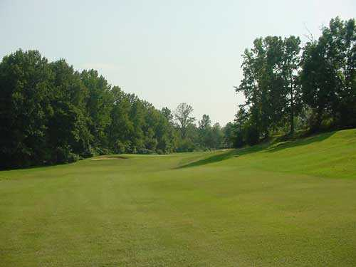 A view of hole #16 at King's Mountain Country Club