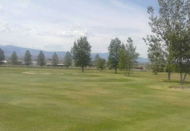 A sunny day view from Arrowhead Meadows Golf Course.