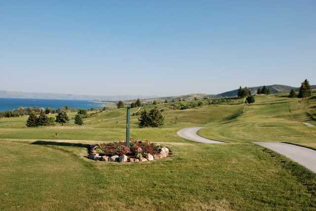 A view of a tee at Bear Lake West Golf & Country Club.