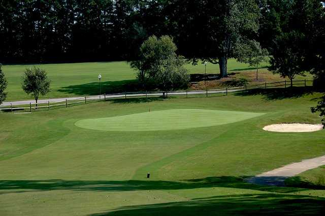A view of green #17 at Raleigh Golf Association