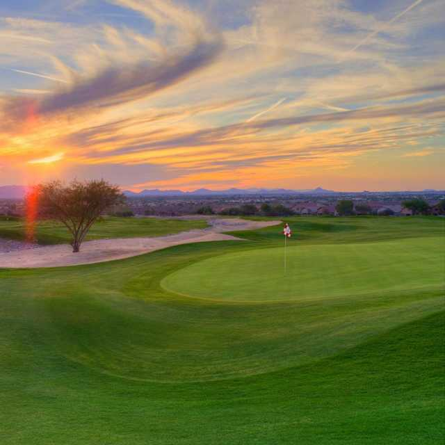 A sunny view of hole #18 at McDowell Mountain GC