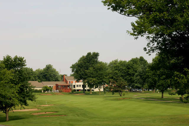 A view of hole #18 with the clubhouse in background at Blue Springs Country Club.