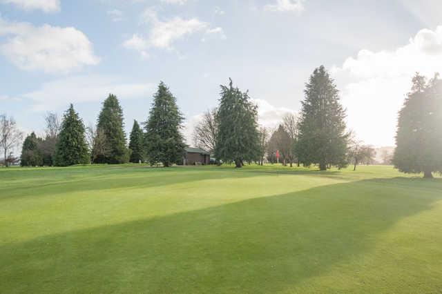 A view of the 8th green at Taunton & Pickeridge Golf Club.