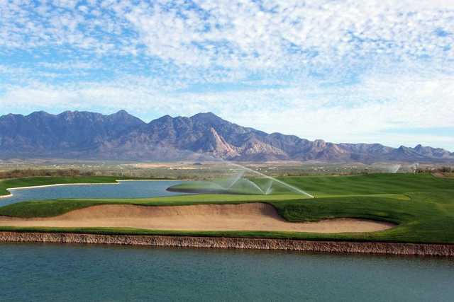 A view of the 9th hole at Canoa Ranch Golf Club