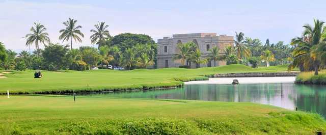 A view of a fairway at El Tigre Club de Golf.
