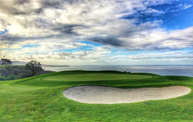 The green of the 14th hole at Torrey Pines North provides a marvelous backdrop of the Pacific Ocean.