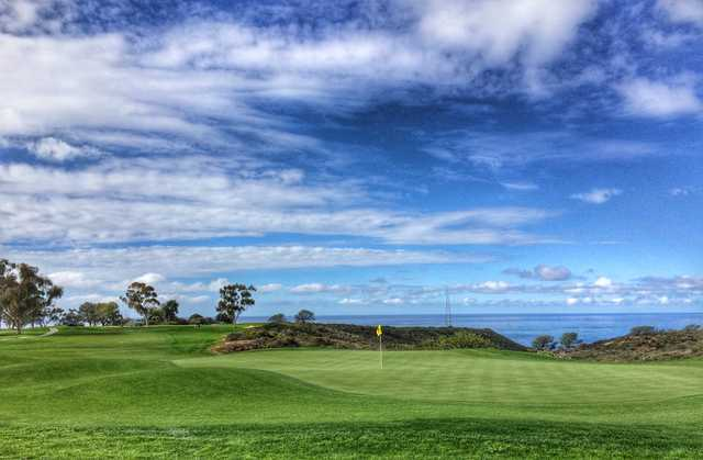 The par-5 17th hole is a great birdie opportunity at Torrey Pines North.