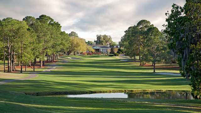 A sunny day view of a hole at Gainesville Country Club.