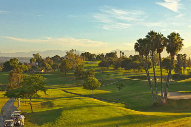 A view of the 1st tee from North at Los Angeles Royal Vista Golf Club.