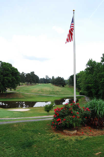 View of a green at Lakeside Country Club