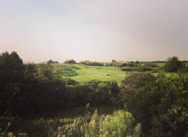 A view of a tee at Ridge Creek Dinuba Golf Club.