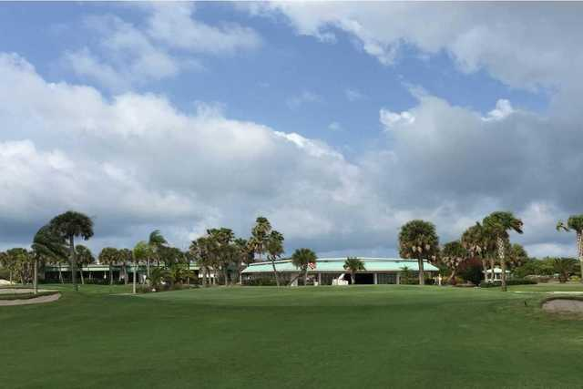 A view of a green at Lake Venice Golf Club.