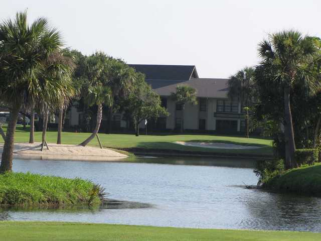 View of the 1st green at Vista Plantation Golf Course