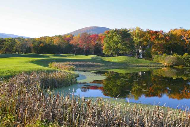 View of the 8th hole from the Tuckahoe course at Wintergreen Resort