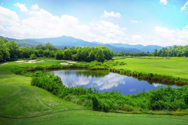 A view of a well protected hole at Brasstown Valley Resort.