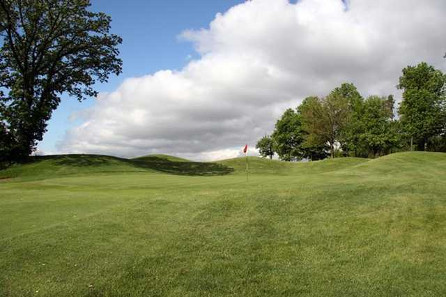A view of a hole at Heritage Bluffs Public Golf Club.