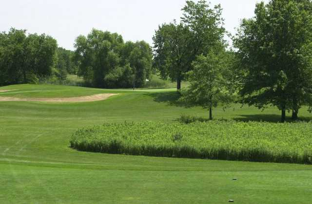 A view of a tee at Highland Woods Golf Course.