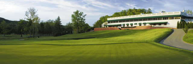 View of the putting green and clubhouse from the Old White Course