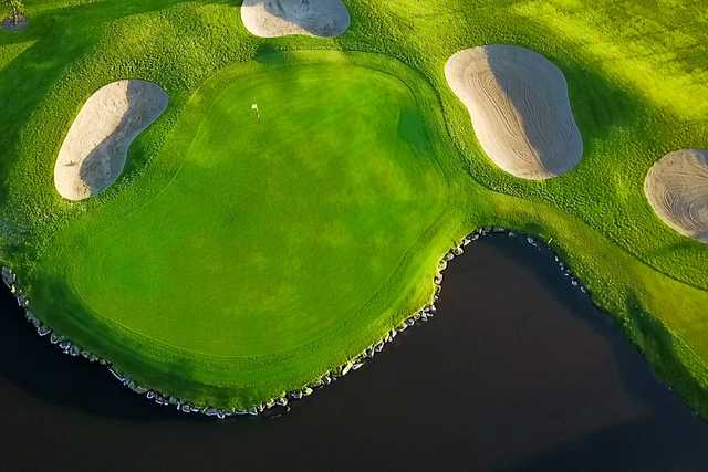 Aerial view of a green at Greenacres Golf Centre