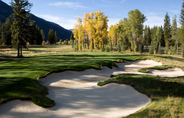 A view of green #7 at Snake River Golf Course.