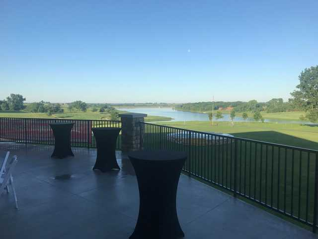 A morning day view from Mozingo Lake Recreation Park Golf Course.