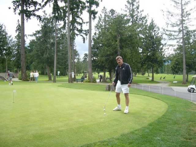 A view of the putting green at Arrowsmith Golf & Country Club