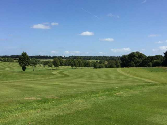A sunny day view from Dalziel Park Golf and Country Club.