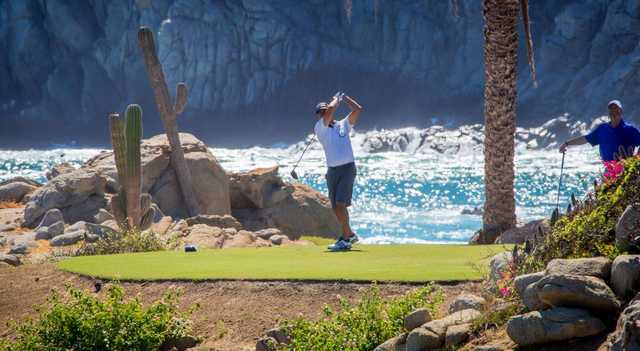 A view of a tee at The Cove Club.