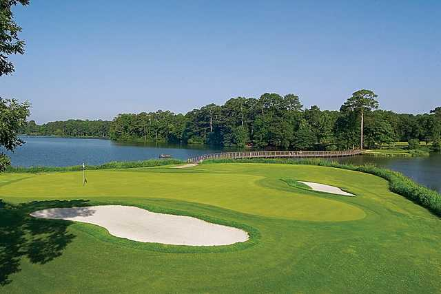 Signature #10 Hole on Lake View Golf Course at Callaway Gardens.