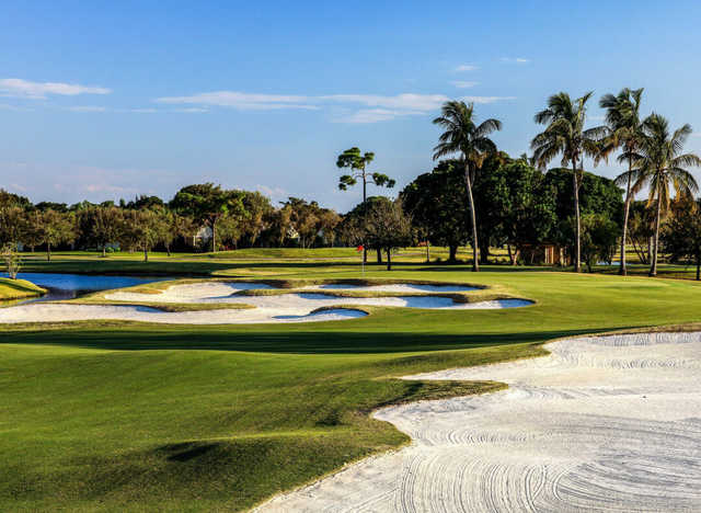 A view of hole #12 at Fazio Course from PGA National Resort & Spa (Brian Oar/Fairways Photography).